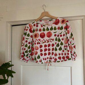 Lisa Says Gah - Fruit top